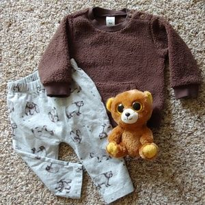 Carter's Bear Outfit- baby clothes